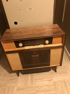 Antique 1966 Radio and Record Player