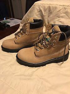 Steel toe work boots & timberlands