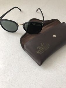 Dead stock vintage Ray Ban sunglasses