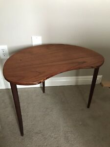 Mid Century Modern Bean Shaped Side Table