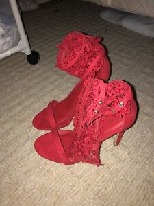 Gorgeous red heels never worn
