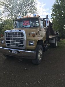 1987 ford 8000