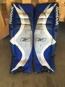 Boys Street hockey pads