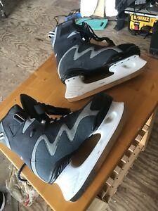 Linwood ice skates size 10