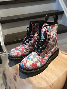 Dr Martens Sanrio Hello Kitty BOOTS RARE 2010 Limited Edition