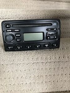 Ford Focus ZX5 car stereo 2003 $60