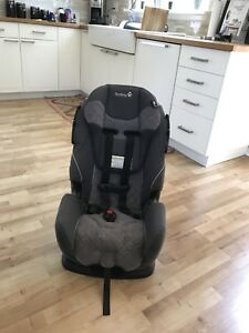 Car Seat (2 available)