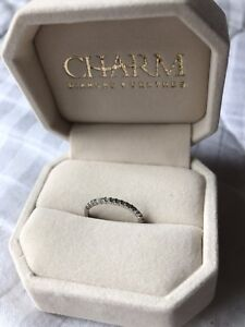 10k gold diamond wedding band