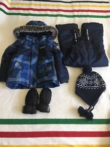Gusti snowsuit, mittens and hat 5T