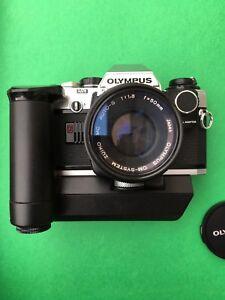 Olympus OM-10 camera kit