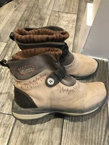 Ladies so 8 Waterproof Columbia winter boots