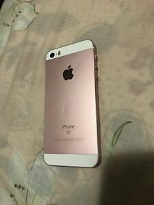 iPhone SE. 16gb. Unlocked. Rose Gold. Works great.