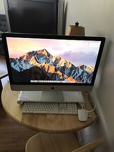 Late 2013 iMac 27 inch (Mint Cond. W/ Extras)
