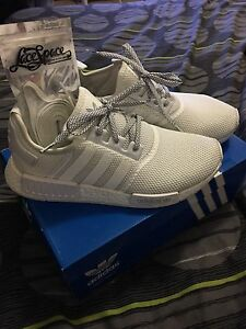 Adidas NMD R1 triple white sze10 used Nunawading Whitehorse Area Preview
