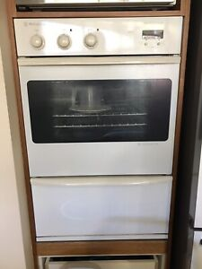 Electric Oven and range hood