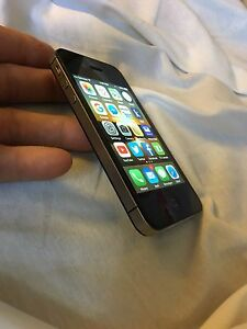 "iPhone ""Rogers"" London Ontario image 5"