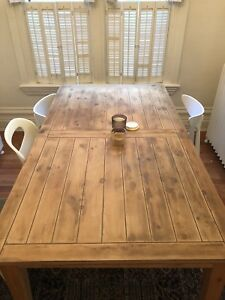 Gorgeous barn board style dining table and 6 chairs