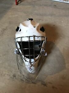 Hackva Junior Goalie Helmet White