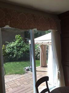 Rideaux et tête de fenêtres (2)