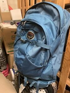 Osprey women s 55L backpack with detachable day pack d01dfa9a7c0cf