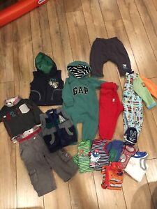 Lot vêtements garçon 12 mois(Mexx,Souris Mini,Krickets,Gap,Next)