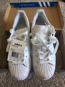 low priced 35722 d3b45 NWT Size 38 White Adidas Superstar Sneakers