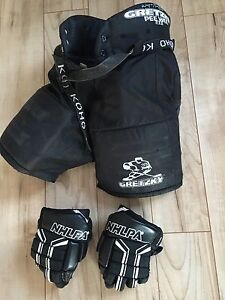 Hockey pants and gloves (small)
