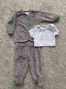 Gender Neutral, Carters Infant Outfit - 3mos