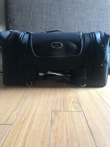 Saddlemen TS3200 Deluxe Sport Tail Bag used once!