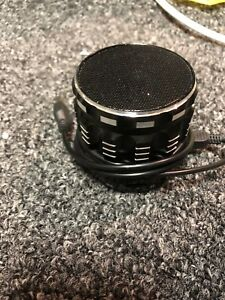 Black speaker (Bluetooth)