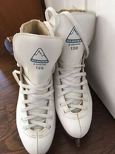 Figure Skates - Size 6 - Ladies