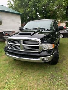 2005 Dodge Ram short box