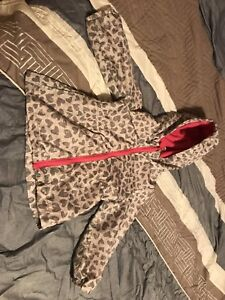 Fall and winter coat size 18 to 24 m
