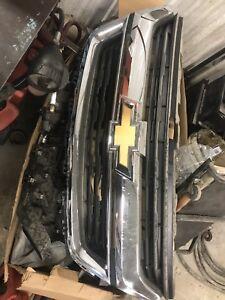 2017-18 Chevy Colorado Chrome grilles