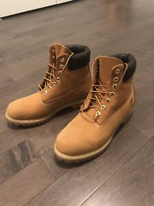 Men's Timberland Boots (Size US 8.5-9)