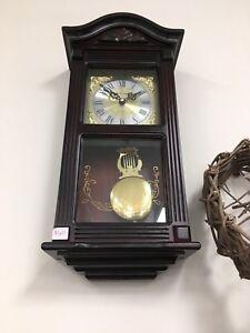 Daniel Dakota Quartz wall clock