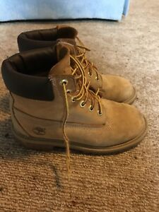 Boys Timberland boots Size 2