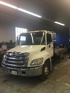 Hino 258 flatbed tow truck wrecker