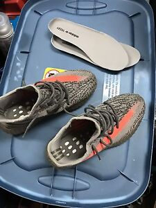 Yeezy boots v2