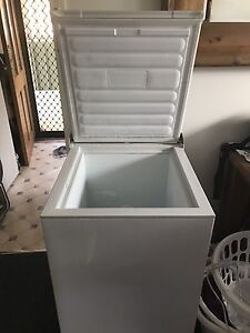 Chest Freezer Belmont Lake Macquarie Area Preview