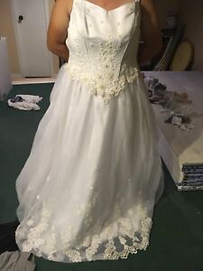 Size 16 Wedding Gown New with tags
