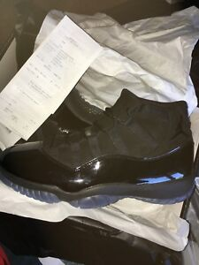 "Jordan 11 ""Cap and Gown"" DS SIZE 10.5/11"