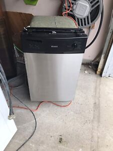 """/18"""" Kenmore inside out Stainless steel Dishwasher  mint"""
