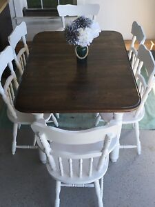 Harvest Style Solid Wood Dining Room Table & 6 Chairs
