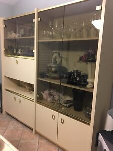 Wall Unit with bar