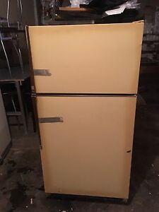 Kenmore Fridge - Working and Free