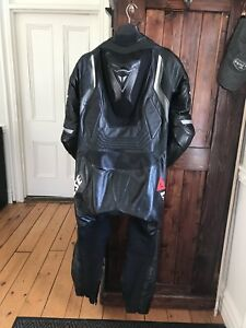 Leather suit Dainese one piece 500$