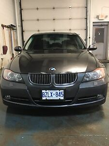 2006 BMW 330xi AWD / NAVI / LOW KM