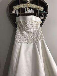 Wedding dress Floraville Lake Macquarie Area Preview