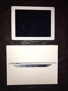 Apple iPad 2.  Silver / White 16gb wifi Albany Creek Brisbane North East Preview